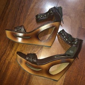Bamboo wedges heels size 6